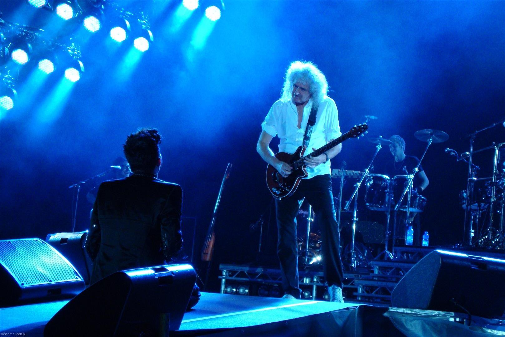 queenadamlambert2012wroclaw rl023