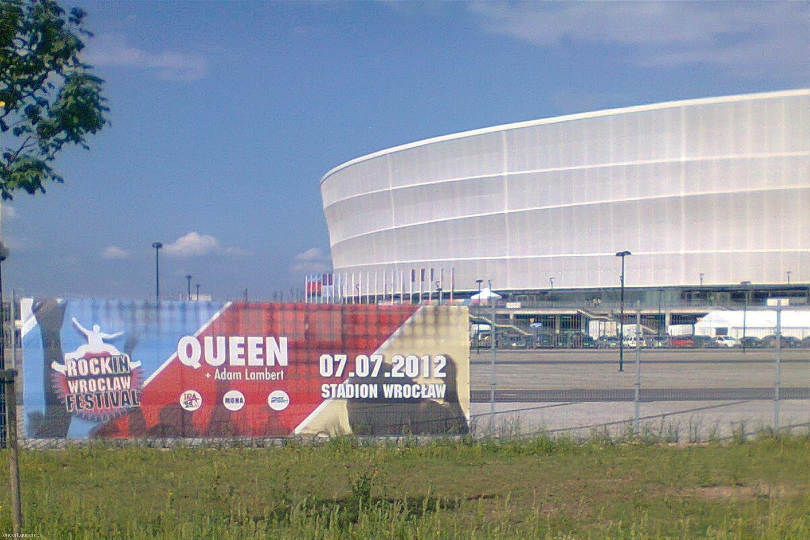 queenadamlambert2012wroclaw rl026