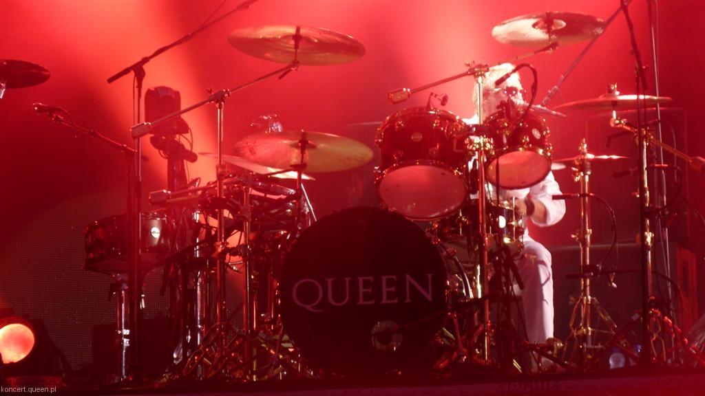 queenadamlambert2012wroclaw007