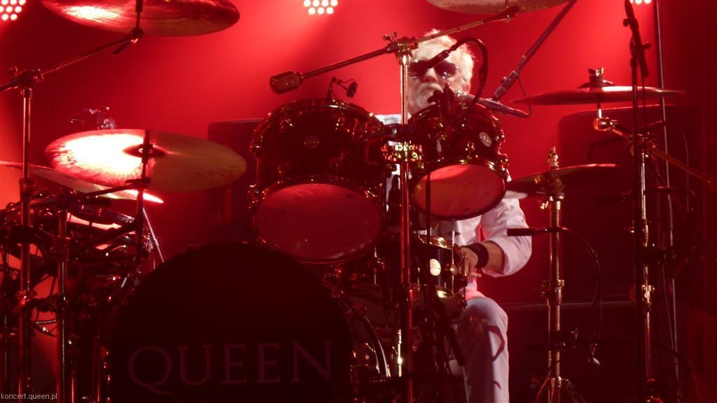 queenadamlambert2012wroclaw008