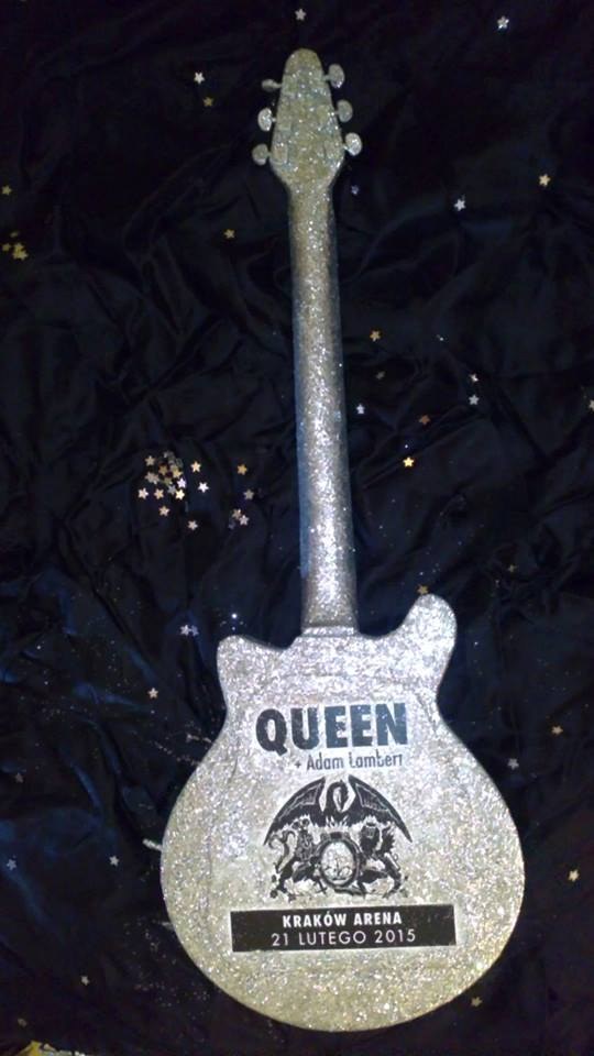 gitara glam red special